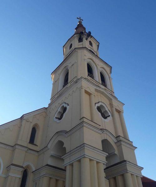 kostol z hora