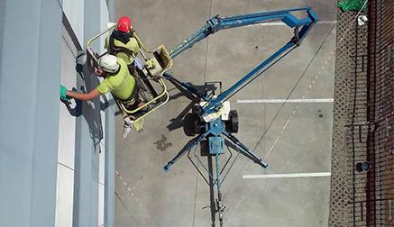 Vysokozdvižné-plošiny---prenájom---Výškové-práce-s.r.o