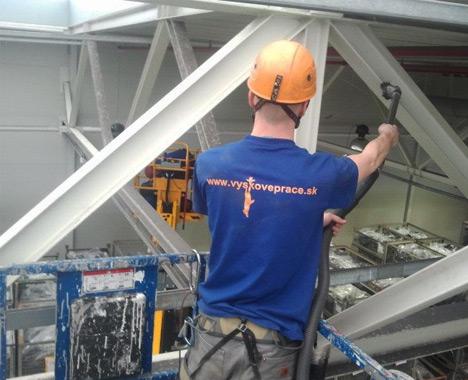 Vysávanie stropných konštrukcií, Trenčín - Výškové práce s.r.o